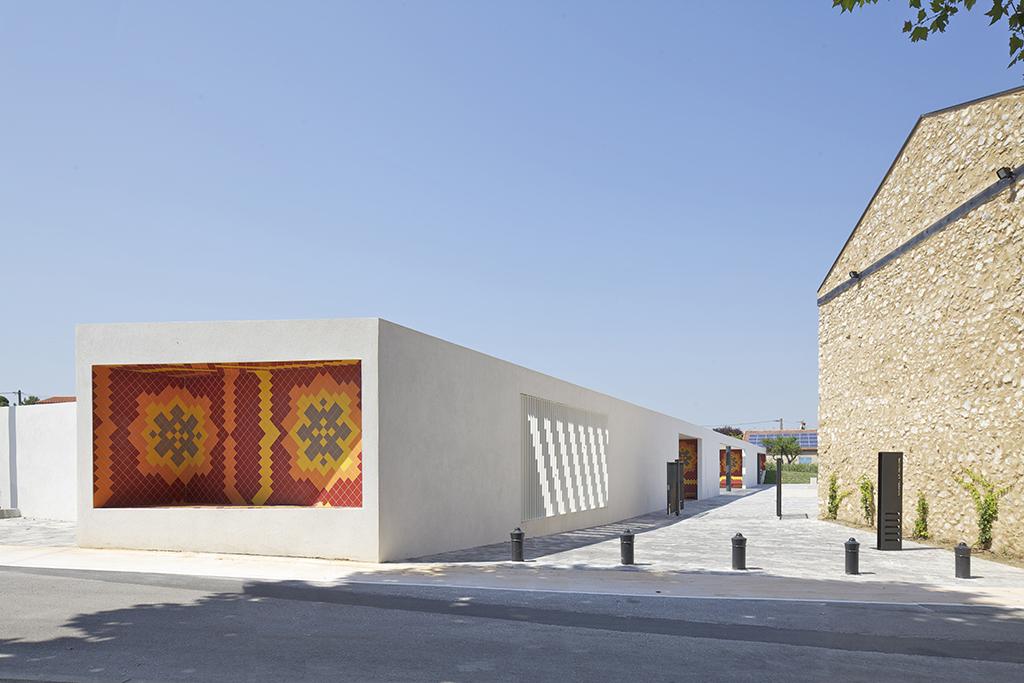 Amenagement urbain du centre-ville de Gignac la Nerthe (13) - Comac Arch. (© Ph. Ruault)