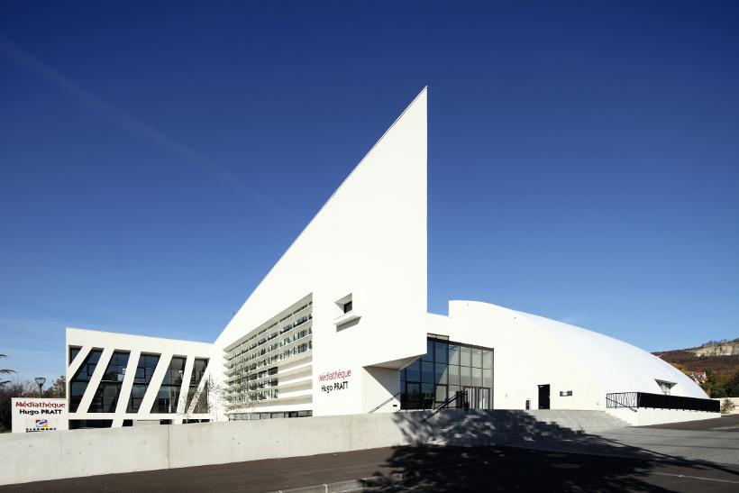 Médiathèque Hugo Pratt à Cournon d'Auvergne - J.P. Lott, agence Bresson, Combes, Ondet architectes