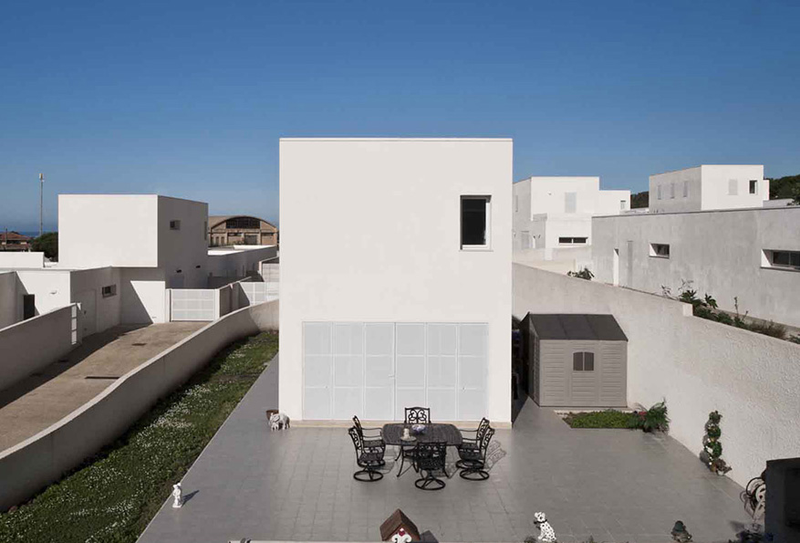 A2M social housing, G. G. Cannizzo, N. G. Sciveres. Photo: Filippo Poli