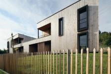 20 habitations individuelles groupées, Brioude (Haute-Loire), Atelier d'architecture Simon Teyssou (photos Christophe Camus)