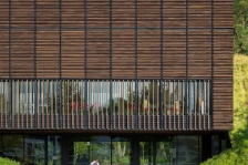 Centre de formation des apprentis, Mont de marsan, Marjan Hessamfar & Joe Vérons architectes associés (source Archicontemporaine.org)