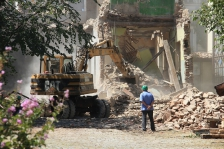 bulldozer-1385580_1280.jpg