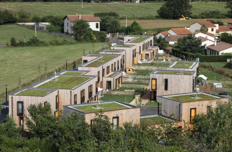 20 habitations groupées, Brioude (43) - Atelier Simon Teyssou arch.