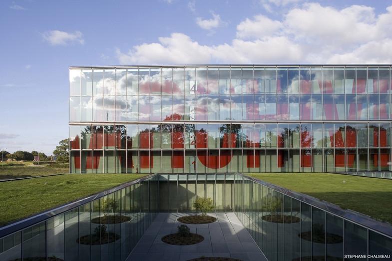 Archives Départementales d'Ille-et-Vilaine à Rennes - Jean-Marc IBOS, Myrto VITART architectes. Crédit photo : Stéphane Chalmeau (source : Archicontemporaine.org)