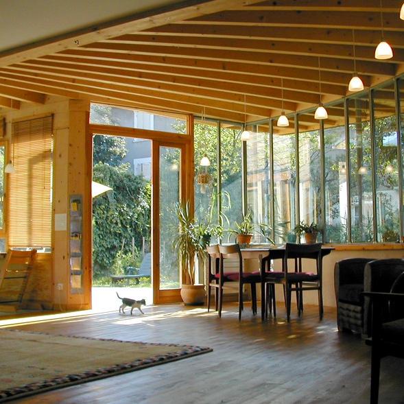 Maison à Grenoble - Gérard Gasnier-eco, architecte (source : Archicontemporaine.org)