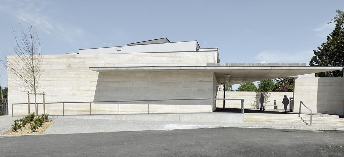 Maison médicale et logements - Caussade (82) - Mairie de Caussade  projet et ses espaces extérieurs
